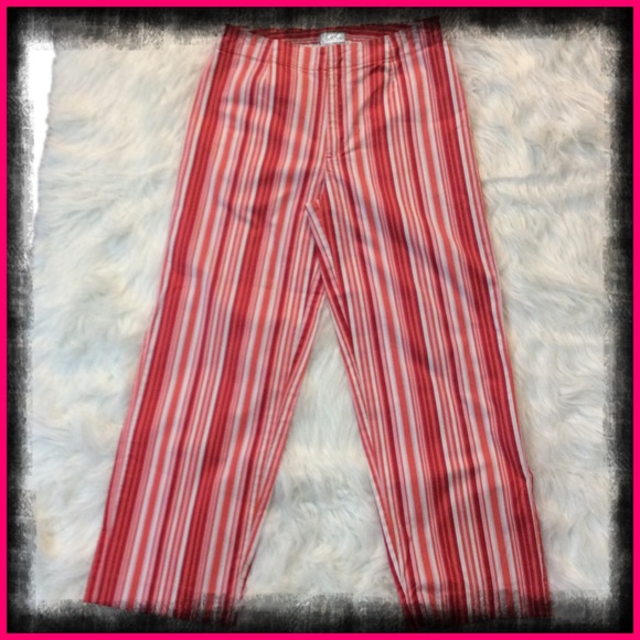 Mossimo Pants - 🍓Mossimo Red and Orange Striped Capris